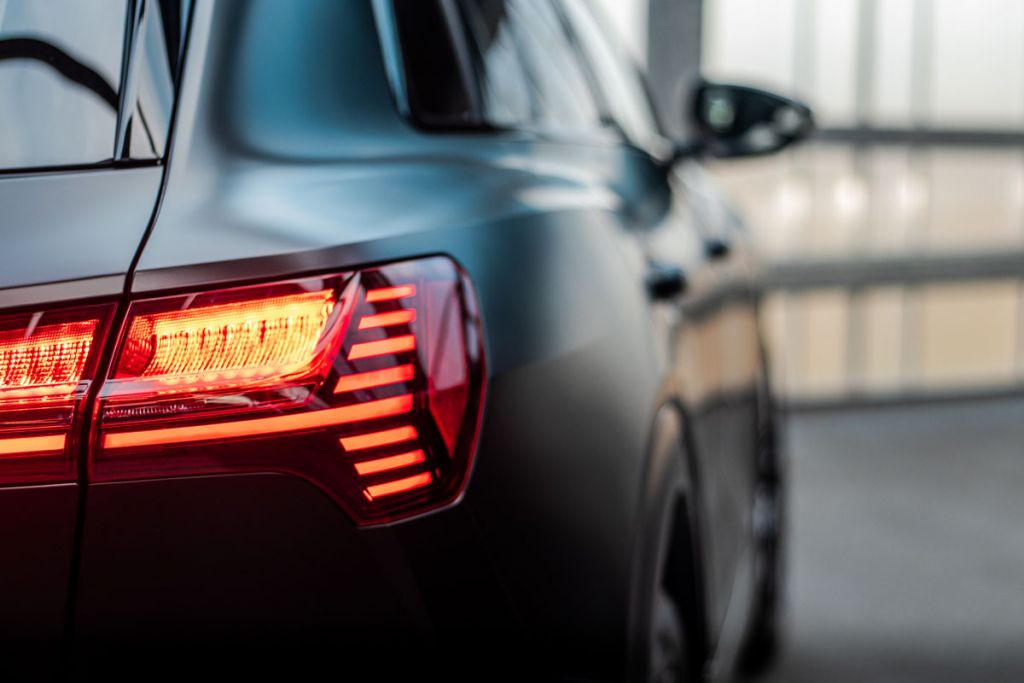 Carwrap Audi E-tron Satin Black