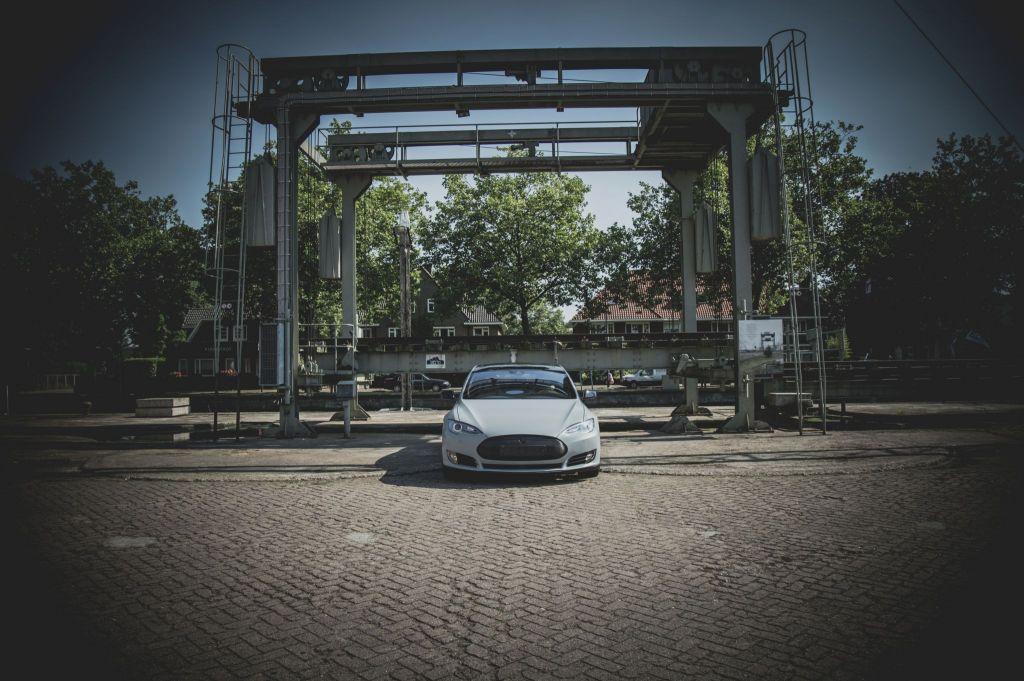 Carwrapping Tesla Eindhoven