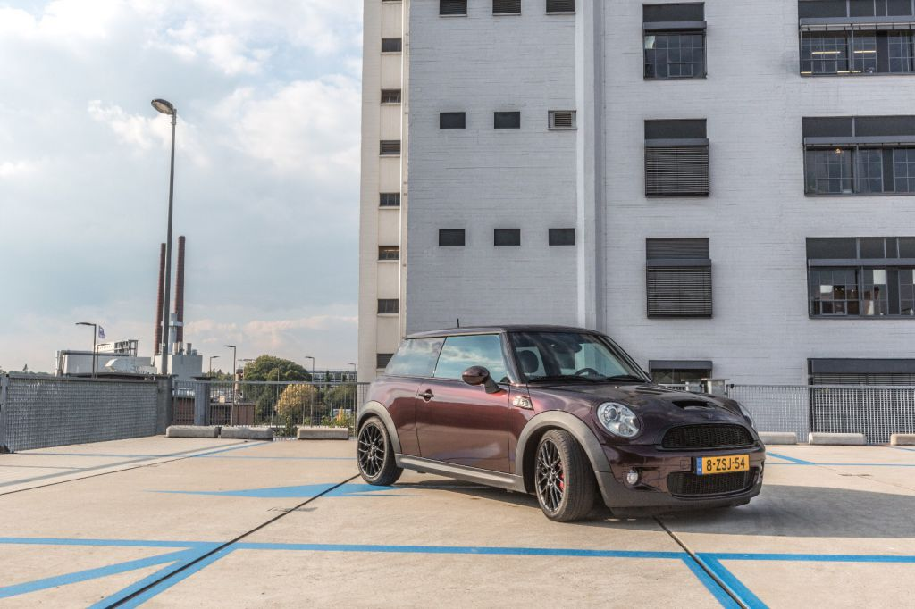 Mini Cooper S 3M Gloss Black Rose Carwrap Eindhoven