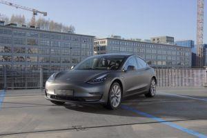 Tesla Model 3 Carwrap Matte Dark Grey 3M Eindhoven