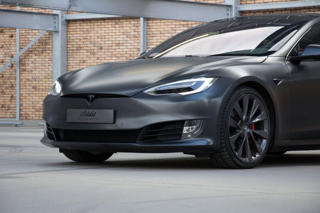 Carwrap Eindhoven Tesla
