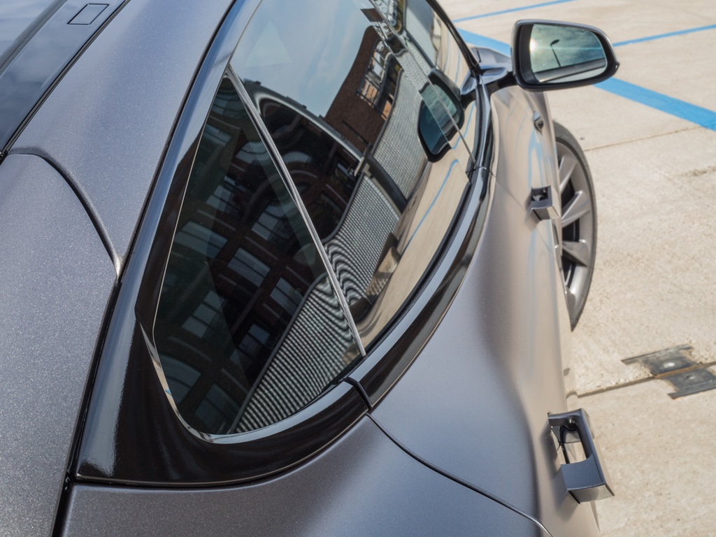 Tesla Ontchromen Eindhoven