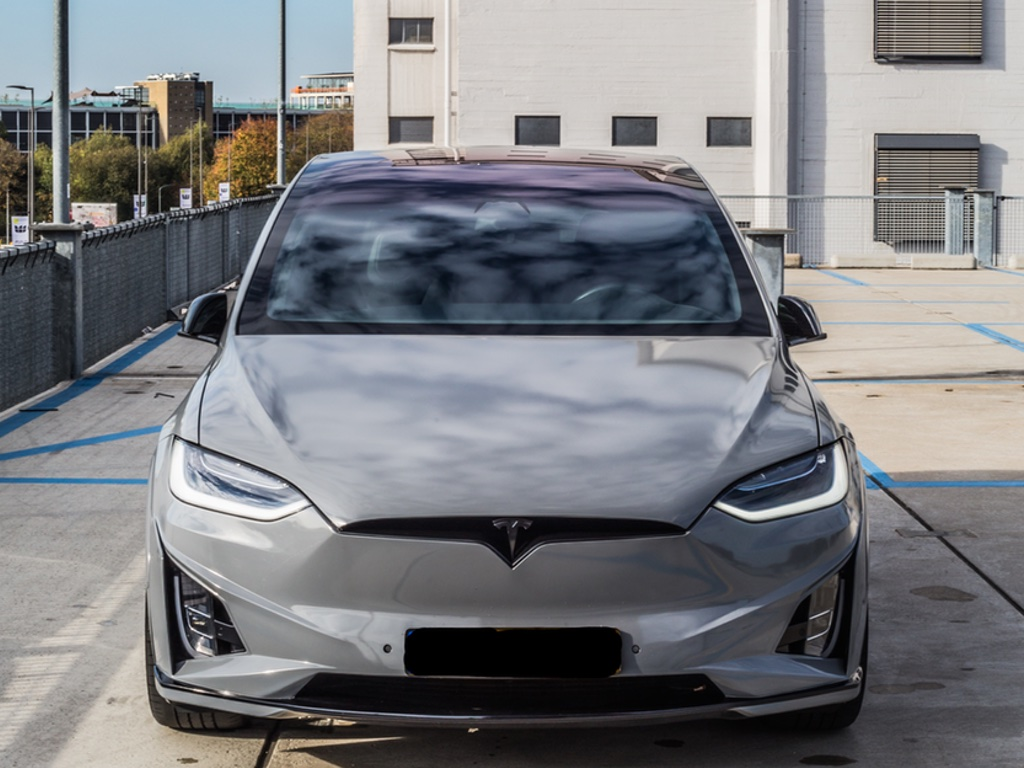 Carwrap Tesla Model X Eindhoven