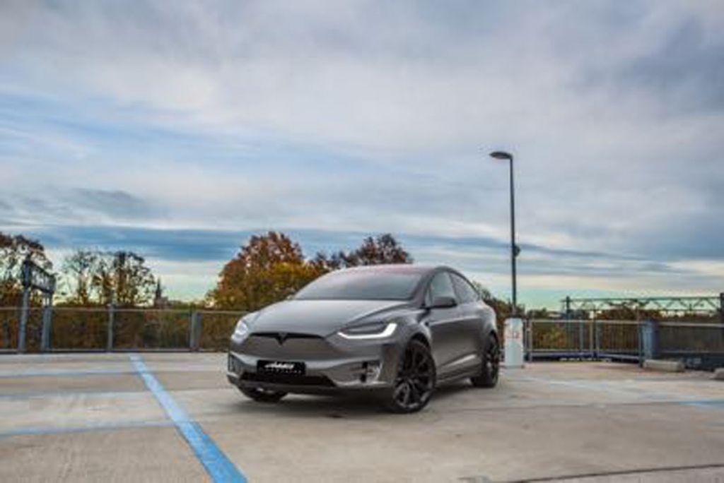 Tesla Model X wrap Eindhoven